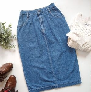 Vintage LEE • higb waisted midi length jean skirt